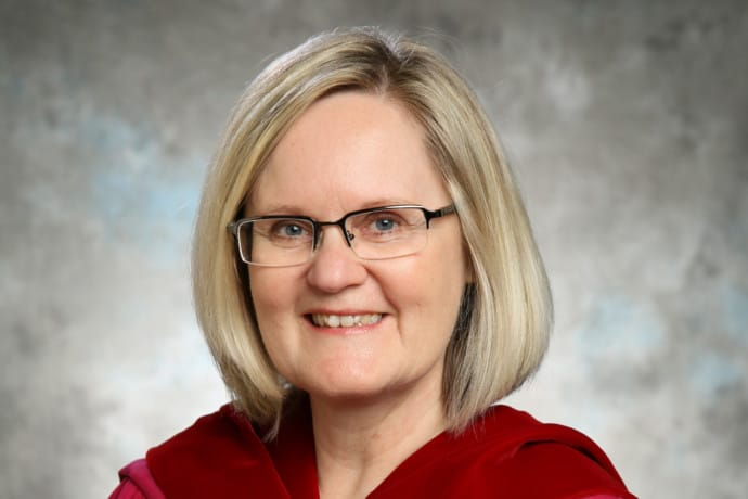 Photo of Dr. Angela Schmidt