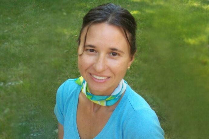 Photo of Dr. Olena Darewych